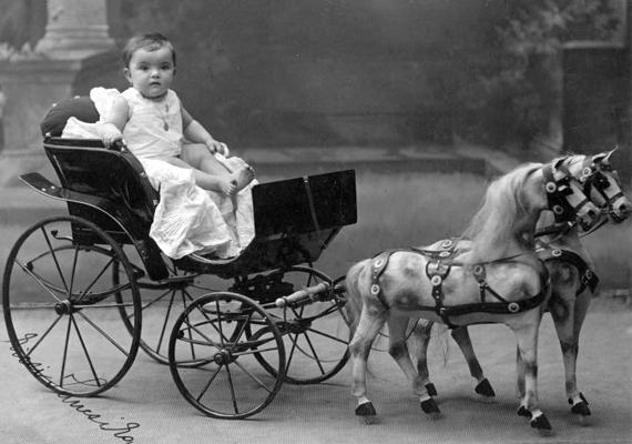 gyerek_lovas_kocsi